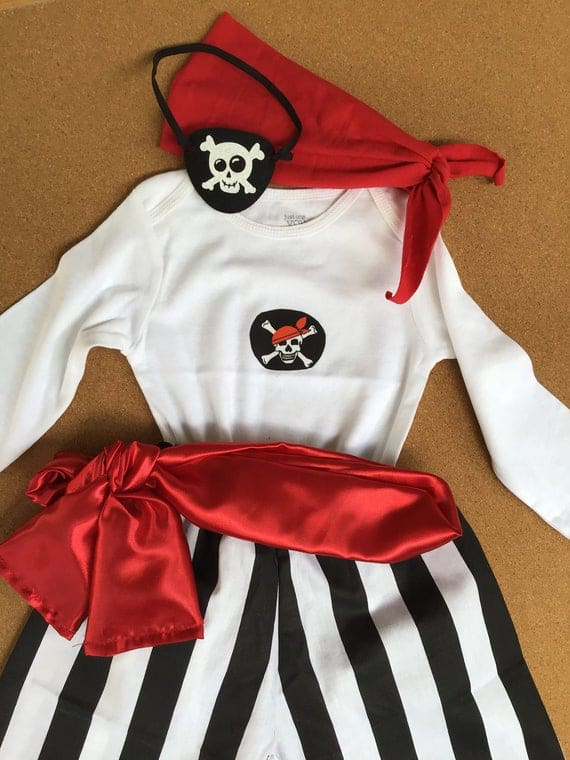 MOMBEBE COSLAND Girls Sailor Outfits Costume